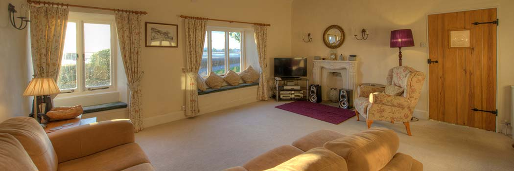 Living Room - cottage for hire Minehead